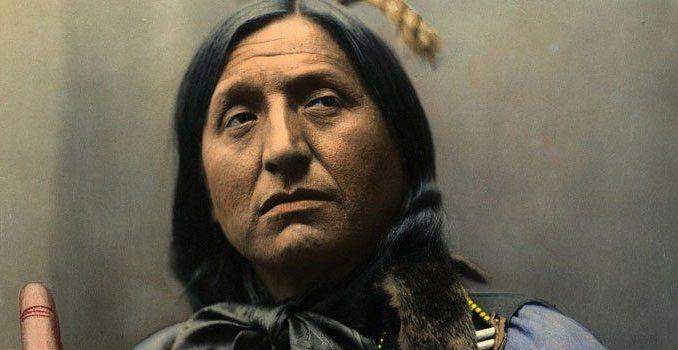 20 Lebensregeln der Indianer sollten uns alle inspirieren – Sprechen Sie nie schlecht von anderen.Negative Energie, die Sie aussenden ….