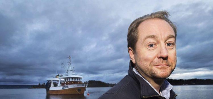 Norwegischer Milliardär gibt den größten Teil seines Vermögens, um die Meere vom Plastikmüll zu befreien