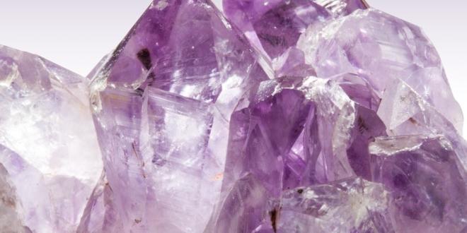 Alles hat eine Lebenskraft von der einen oder anderen Art und das ist vor allem so bei Kristallen oder Edelsteinen