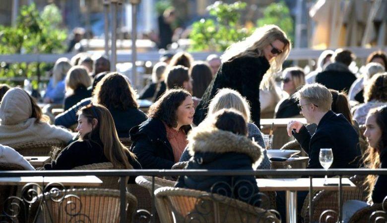 Umgang mit der Coronavirus-Pandemie Schwedens Gelassenheit irritiert immer mehr !!