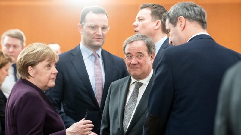 Keine wichtigeren Probleme: Bundesregierung versenkt 1 Milliarde Euro im Kampf gegen Rechts