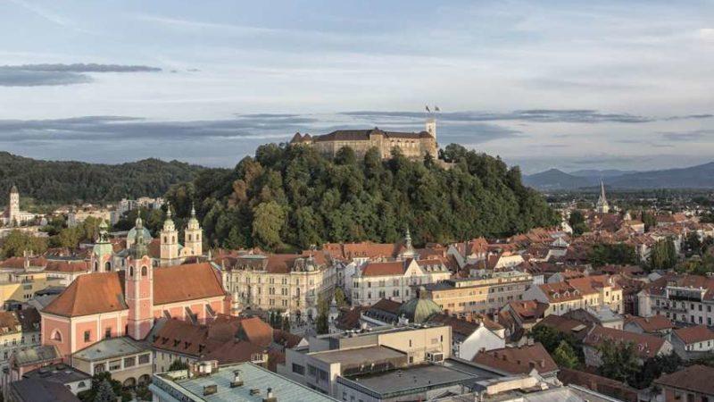 Slowenien erklärt die COVID-19-Epidemie offiziell für beendet