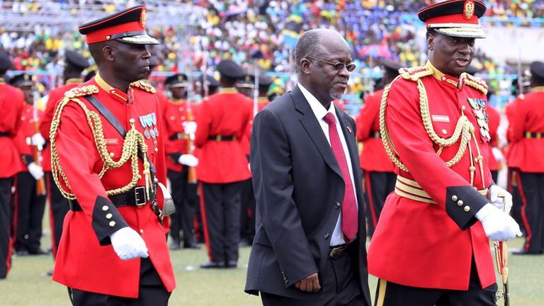 Tansania – Der President John Magufulim, große Corona-Leugner ist tot aufgefunden (VIDEO)