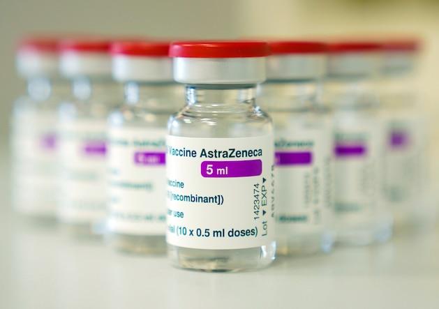 Corona-Impfung: Mann stirbt kurz nach Astrazeneca-Impfung – Familie erstattet Anzeige