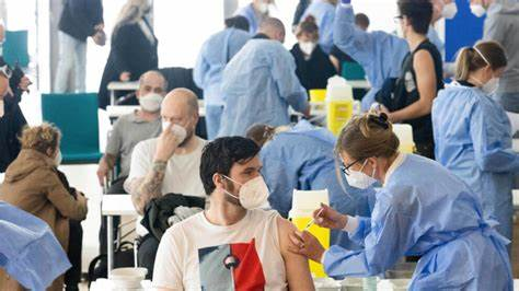 Impfen, bis der Leichenwagen kommt: Paul-Ehrlich-Institut meldet über 500 Todesfälle